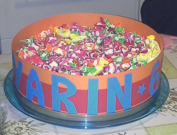 torta-caramelle-yarin-6